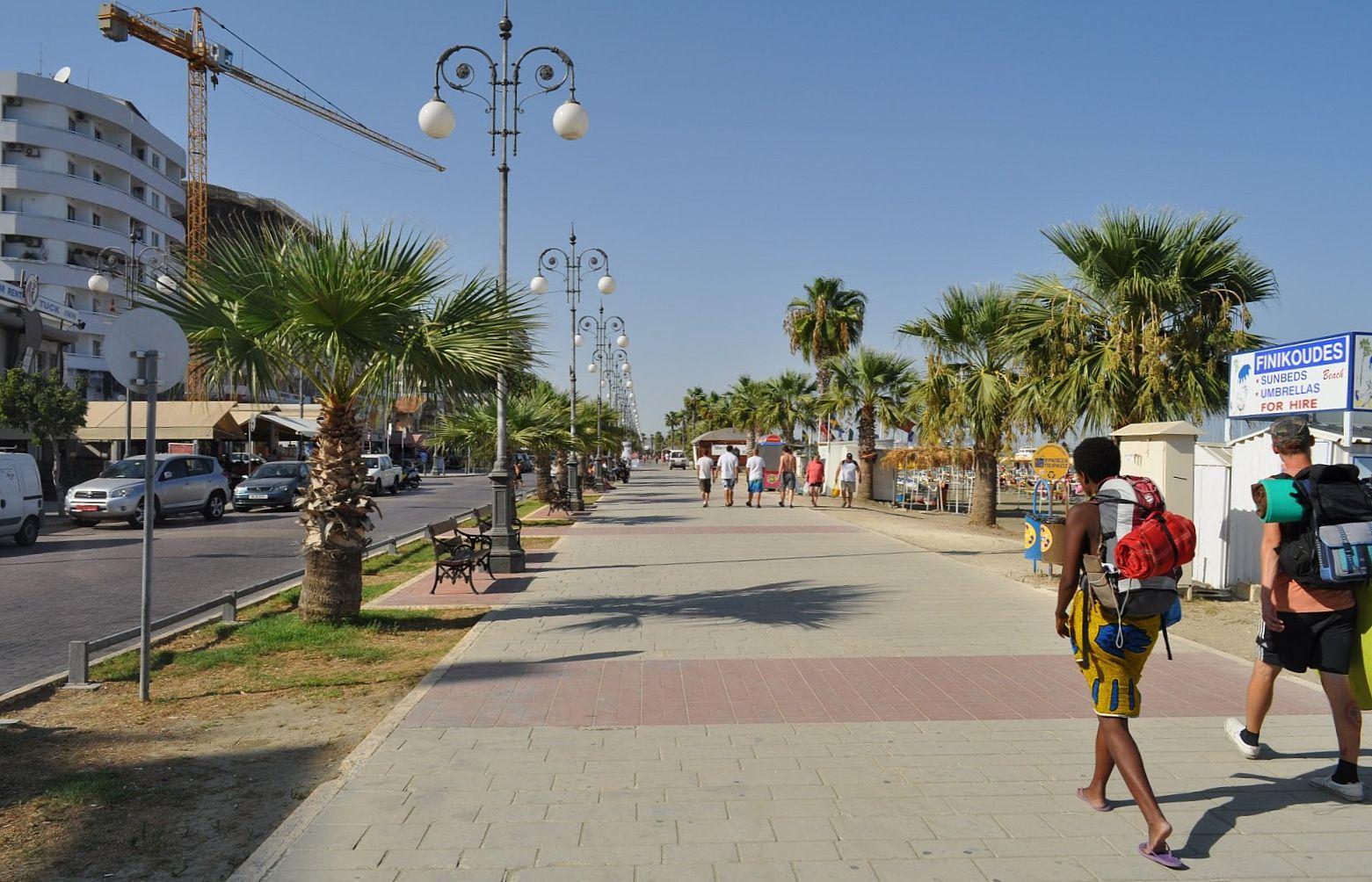 картинка фотография курорта Ларнака на Кипре