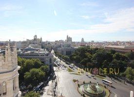Вид на площадь Сибелес