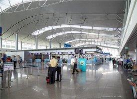 Внутри терминала аэропорта Дананг