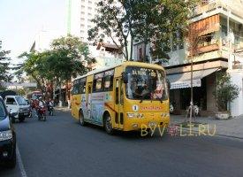 Автобус маршрута Дананг - Хойан