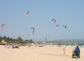 Центральный пляж в Муйне