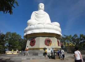 Пагода Лонг Сон в Нячанге