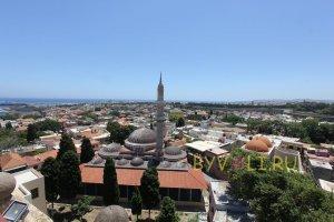 Вид на Старый город и мечеть Сулеймана с часовой башни