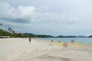 Центральная часть пляжа Пантай Сенанг