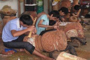 Мастера в деревне Ким Бонг
