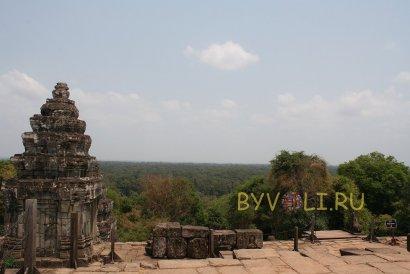 Храм Пном Бакхенг в Ангкоре