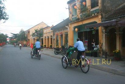 Велорикши на острове Кэм Нам